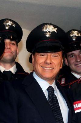 berlusconi_poliziotto