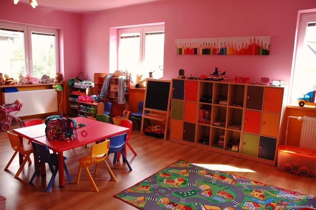Aprire un asilo nido in franchising informazioni e kit di - Aprire asilo nido privato requisiti ...