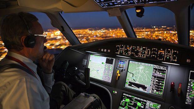 Boeing previsto aumento della domanda di piloti e tecnici - Cabina ryanair ...