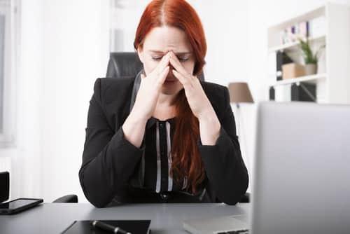 tristi al lavoro