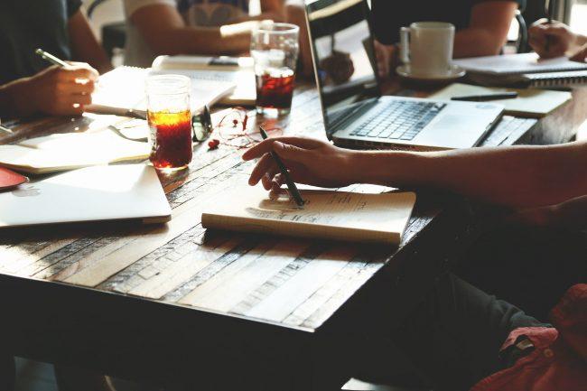 riunione di lavoro coinvolgente