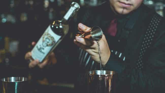 barista, barman bartender
