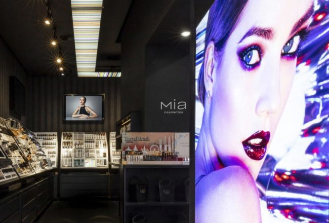 MIA Cosmetics franchising
