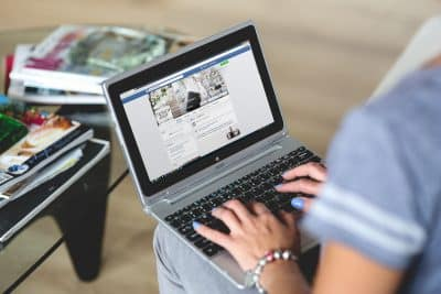 lavorare con facebook