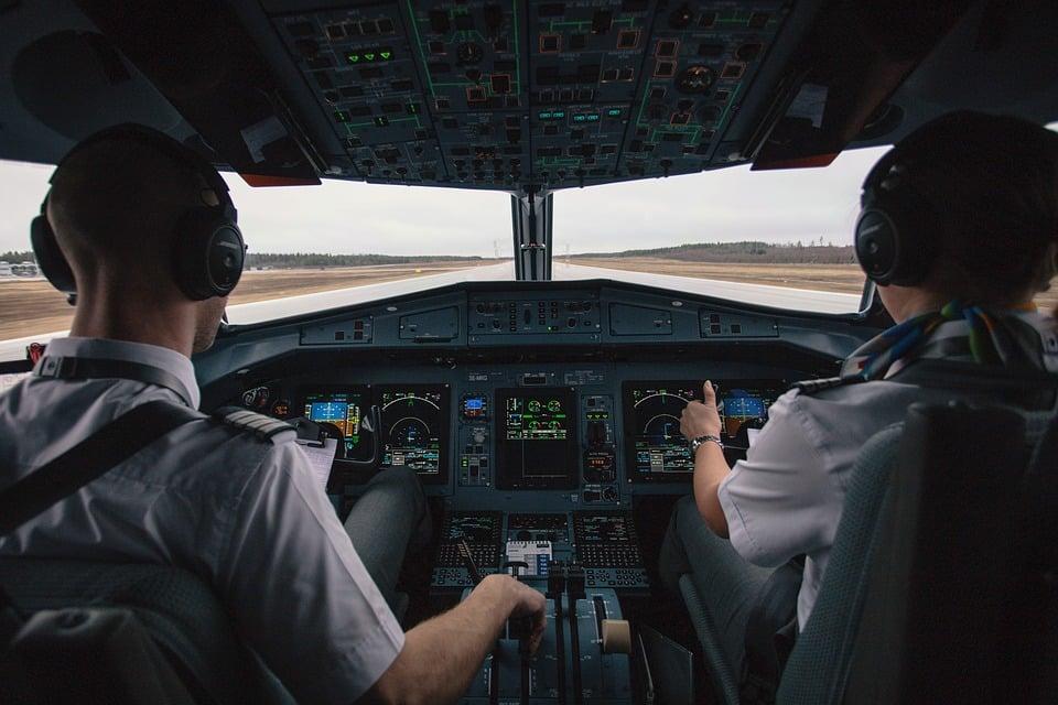 lavorare come pilota d'aereo