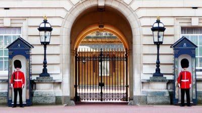 lavorare a Buckingham Palace