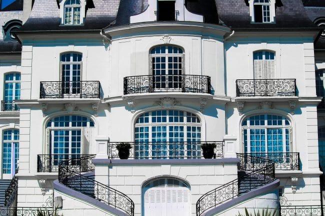 Pagati per vivere e lavorare in un appartamento di lusso