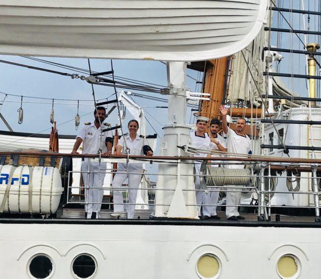 lavorare sulle navi da crociera crew
